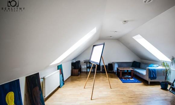 01-brezovska-atelier